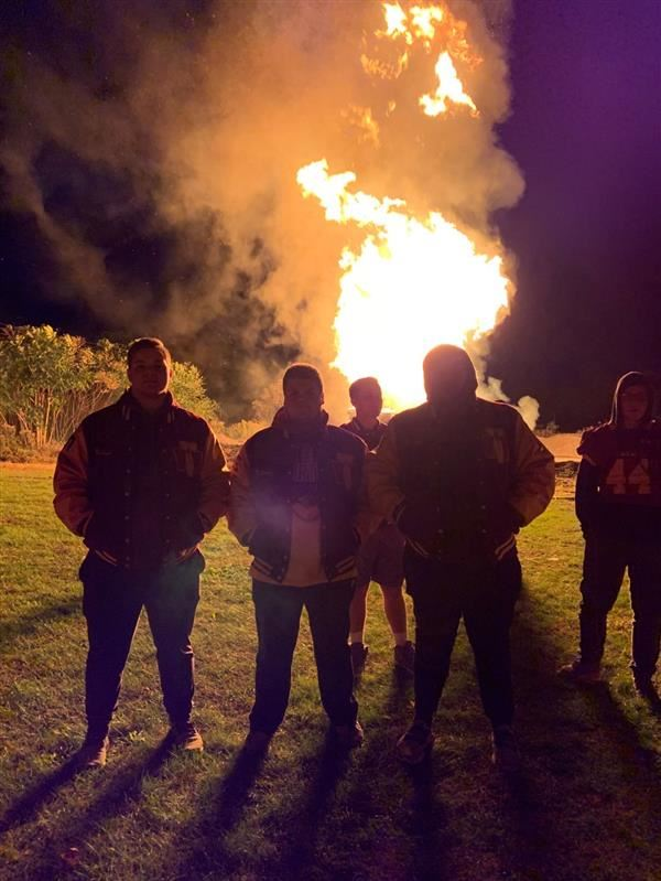 WVW Spirit Week Celebrated with First Bonfire in 20 Years