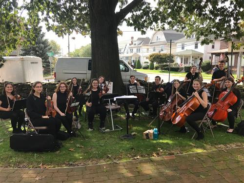 WVW High School Chamber Orchestra Performed at the Dennison House